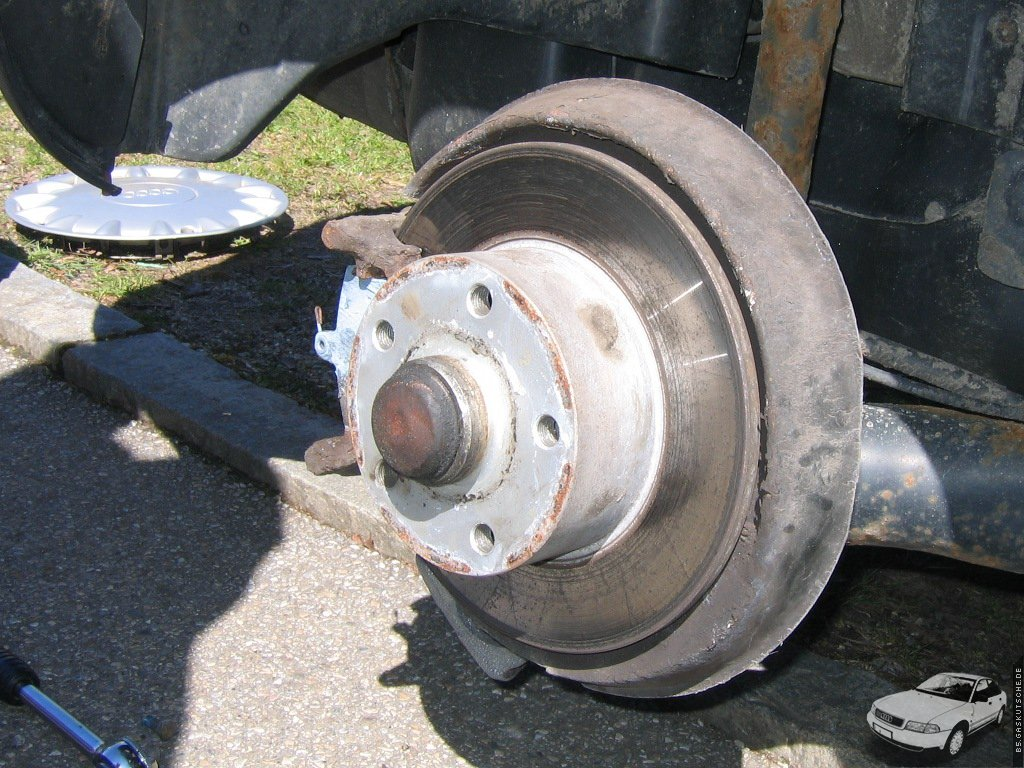 Bremsbeläge Avant Bremsen hinten Bremsscheiben Audi A4 B5 Bremssättel